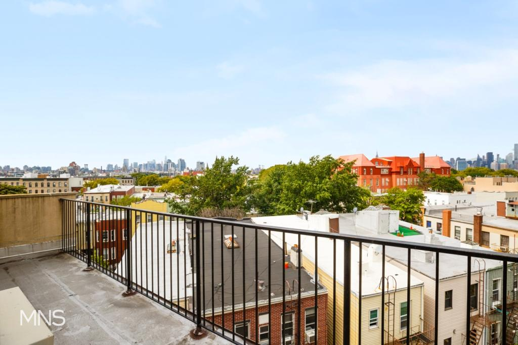 669 Meeker Avenue, Apt 2-AC, Brooklyn, New York 11222
