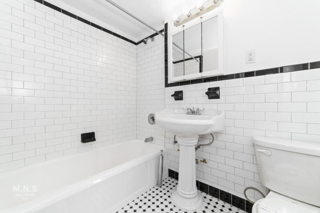 3300 Netherland Avenue Riverdale Bronx NY 10463