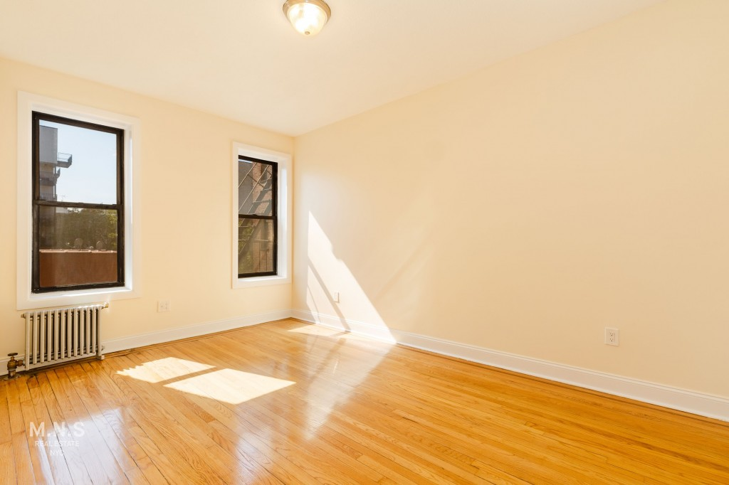 135 Clarkson Avenue Interior Photo