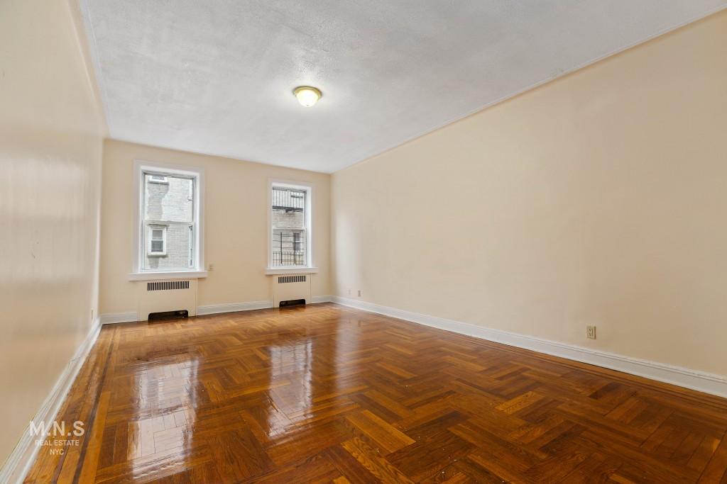 189 East 18th Street Interior Photo