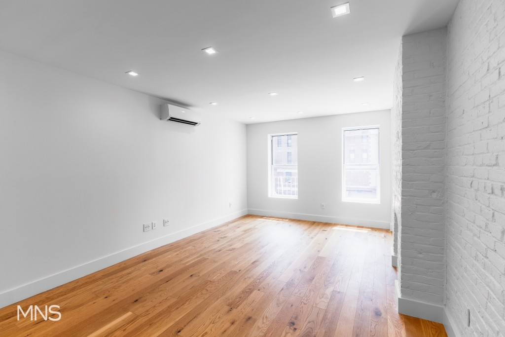 88 Atlantic Avenue, Apt B-2, Brooklyn, New York 11201