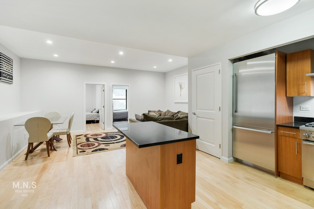 Apartment for sale at 20 West Street, Apt 18-D