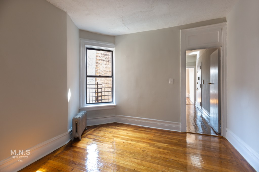153 Vermilyea Avenue Interior Photo