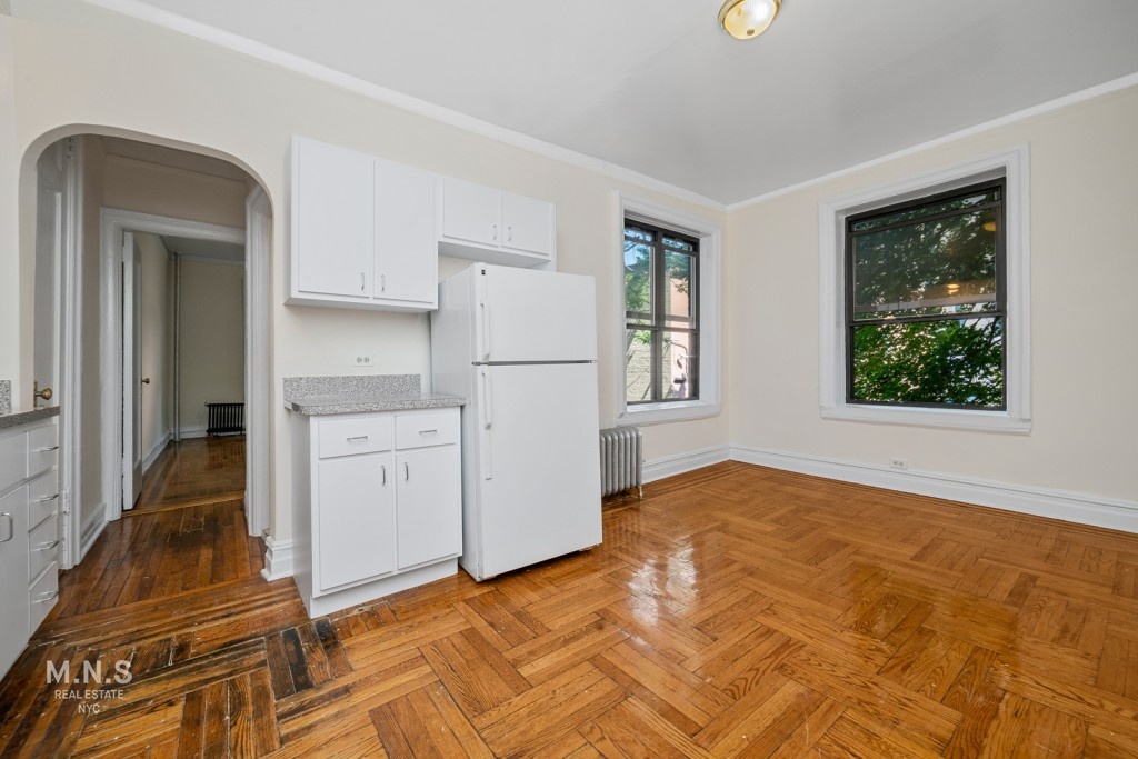 20 Laurel Hill Terrace Interior Photo